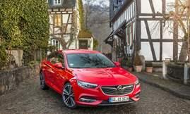 Opel-Insignia_Grand_Sport-2017-1600-10