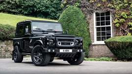 2018-Kahn-Design-Land-Rover-Defender-Flying-Huntsman-910