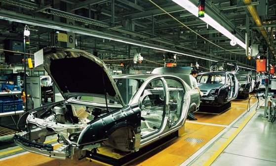 مصنع-سيارات