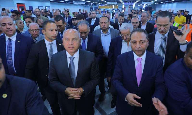 وزير النقل يشهد تشغيل محطة هليوبوليس لمترو الأنفاق