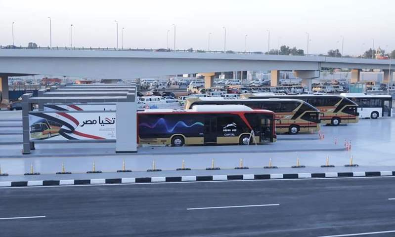 النقل: ننفذ خطة لتسيير أتوبيسات تعمل بالغاز في العاصمة الإدارية الجديدة