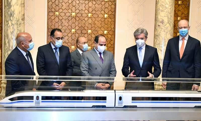"""السيسي يشهد الاتفاق النهائي مع """"سيمنر لإنشاء منظومة متكاملة للقطار الكهربائي السريع"""