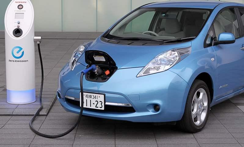 مستورد سيارات كهربائية: الاستثمار في مراكز الصيانة غير مربح.. ونحتاج إلى زيادة محطات الشحن
