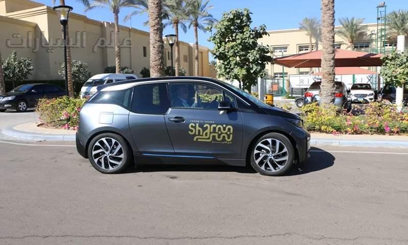 بالصور.. أول سيارة كهربائية تجوب شوارع شرم الشيخ