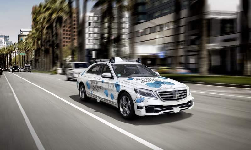 مرسيدس تبدأ اختبارات التاكسي الروبوت اعتماداً على S-Class