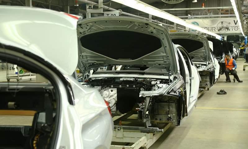 """""""مصنعي السيارات"""" تطالب بضرورة إعطاء فرص متساوية للمصانع للحصول على الحوافز"""