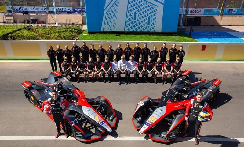 """فريق نيسان """"e.dams""""  ينهي سباق Formula E في مراكش ضمن العشرة مراكز الأولى"""