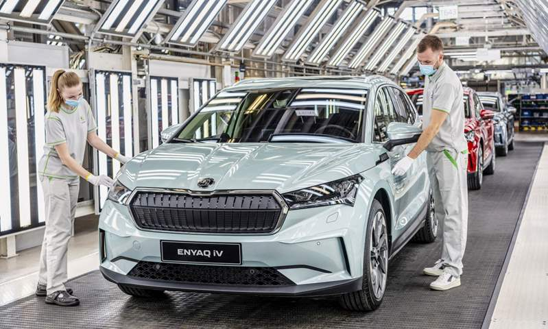 سكودا تحتفل بإنتاج السيارة رقم 15 مليون سيارة من مصنعها التشيكي