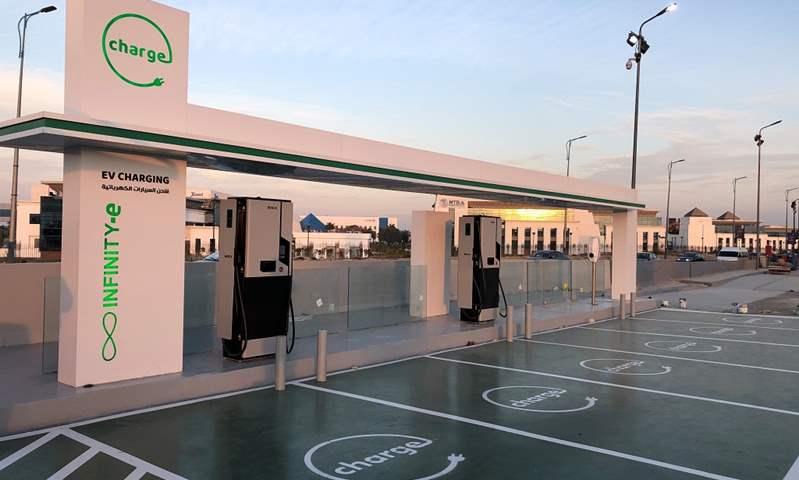 بعد منحها الحافز الأخضر.. تعرف على أماكن محطات شحن السيارات الكهربائية في مصر