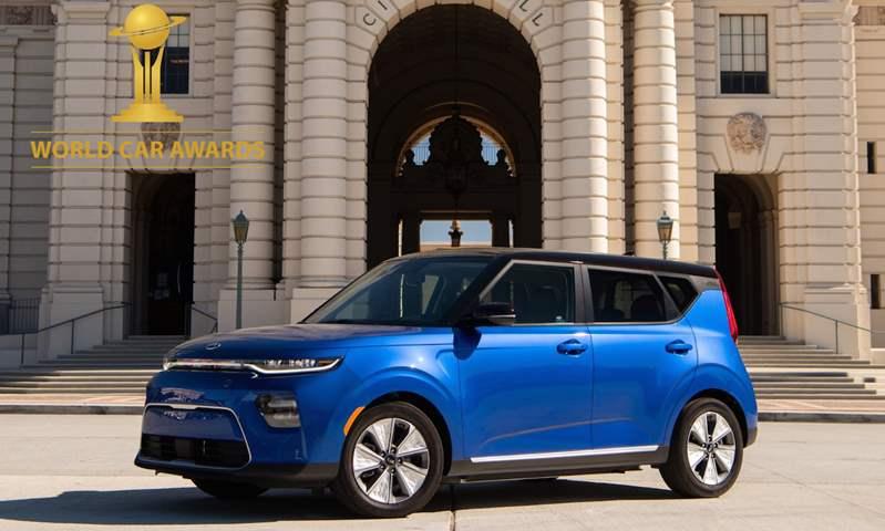 سيارتي كيا سول الكهربائية وتيلورايد تفوزان بجوائز  سيارة العام العالمية