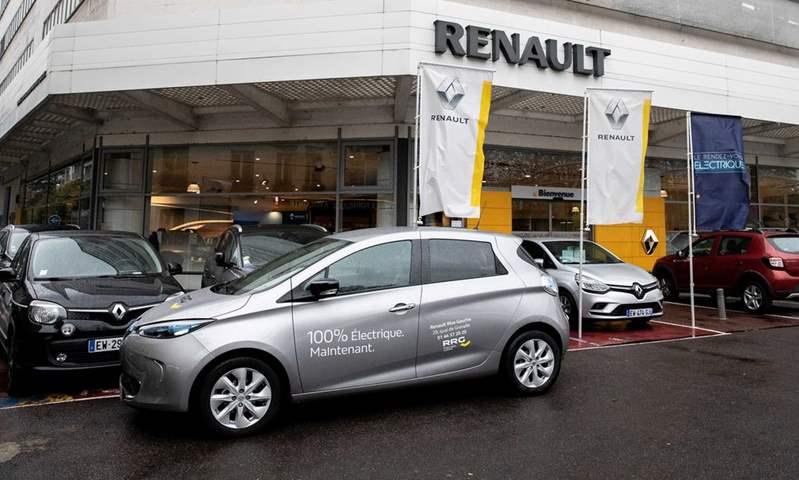رينو العالمية تستغنى عن 15 ألف موظف.. وتخفض الإنتاج بنحو 700 ألف سيارة