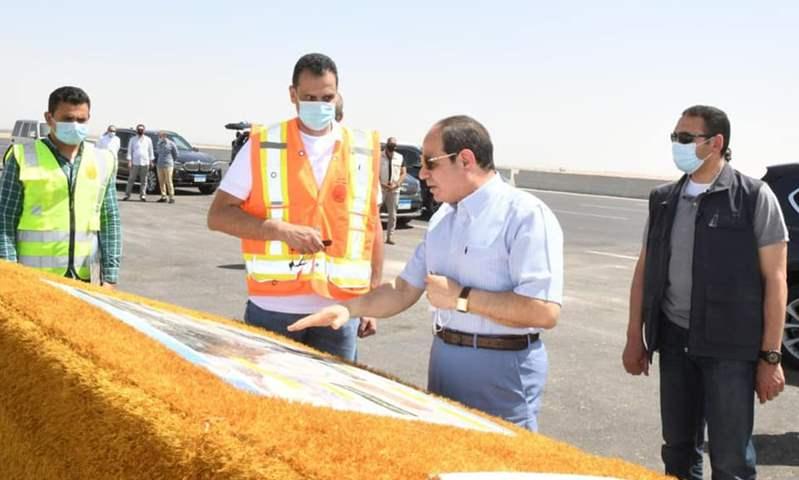 الرئيس عبد الفتاح السيسي يزور المقر الجديد لسوق السيارات على طريق العين السخنة