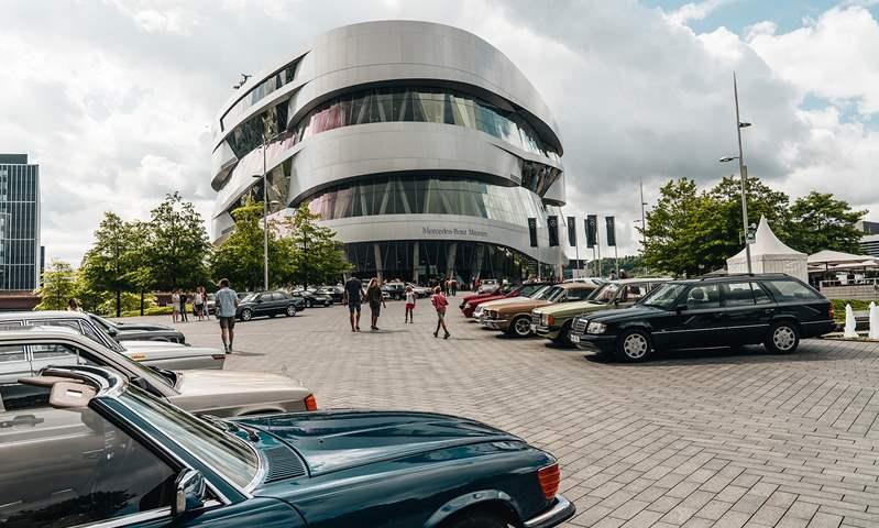 """بعنوان """"قهوة وسيارة"""".. متحف مرسيدس بنز يستضف فعالية جديدة لعشاق الكلاسيكيات"""