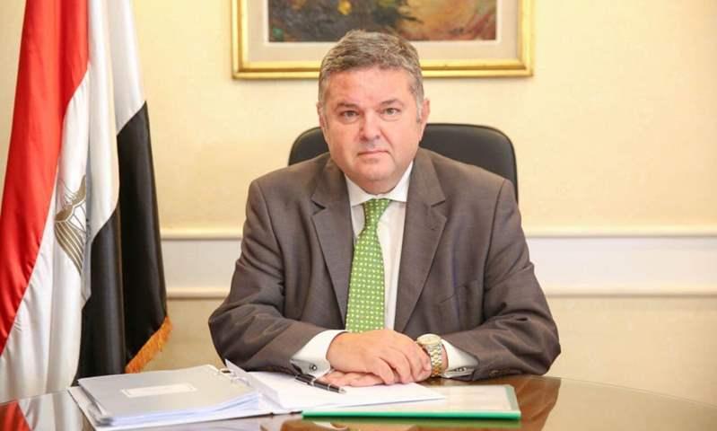 وزير قطاع الأعمال: السيارة الكهربائية الجديدة مداها 400 كم للشحنة الواحدة