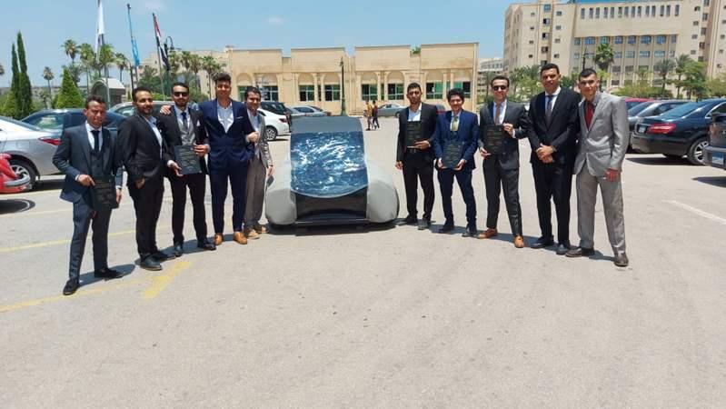 طلاب هندسة كفر الشيخ يبتكروا سيارة تعمل بالطاقة الشمسية