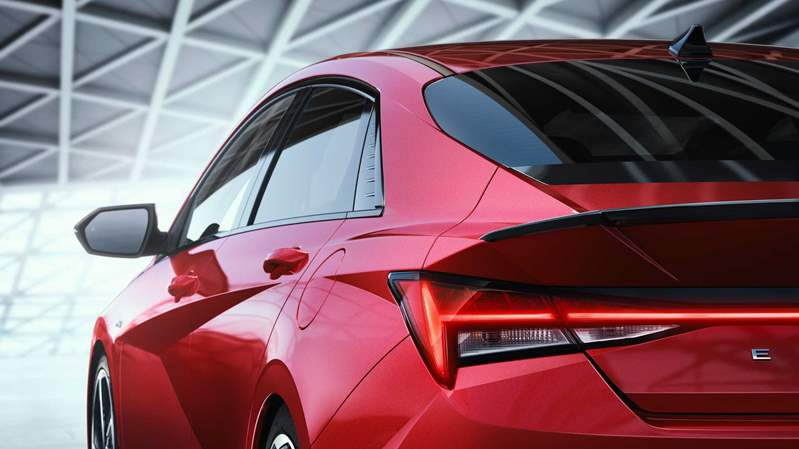 2021-hyundai-elantra-n-line-sedan-red-body (5)
