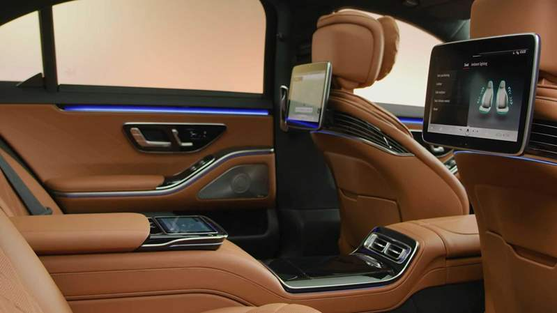 2021-mercedes-s-class-interior (4)