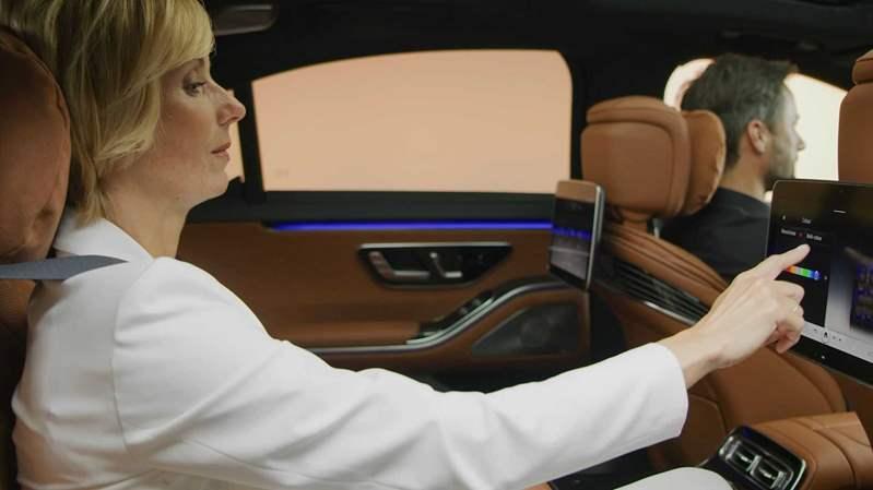 2021-mercedes-s-class-interior (12)