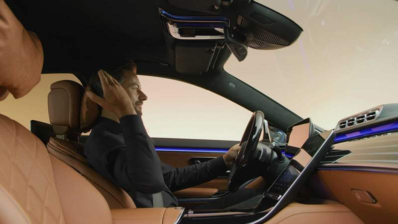 2021-mercedes-s-class-interior (13)