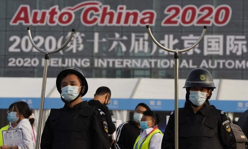 بعد تأجيله من شهر أبريل..  عشرات السيارات الكهربائية تغزو معرض بكين 2020