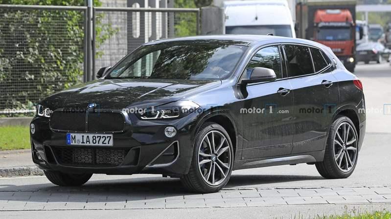 صور تجسسية لـ Facelift BMW X2 الجديدة