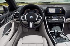 92-bmw-8-series-cabrio-official-reveal-dashboard