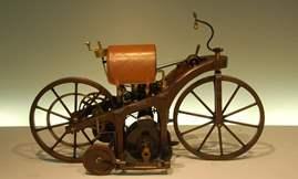 دايملر ريتفاجن - أول دراجة نارية في التاريخ