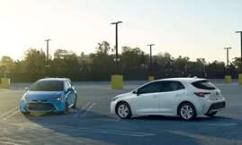 Toyota-Corolla_Hatchback-2019-1600-0a