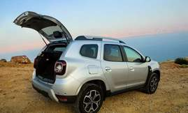 All-new Duster_Open tailgate