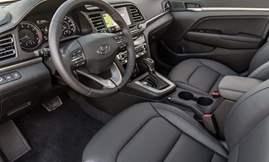Hyundai-Elantra-2019-1600-0b