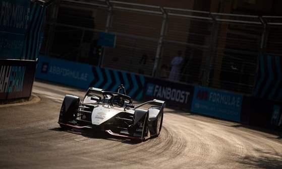 """فريق نيسان """"e.dams""""  الذي حقق أرقاماً قياسية في الموسم الماضي من Formula E  يعود للاشتراك في سباقات الموسم الجديد"""